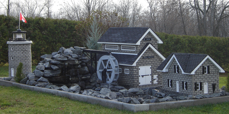 Each miniature building built by Dubeau Mini Decor is unique.